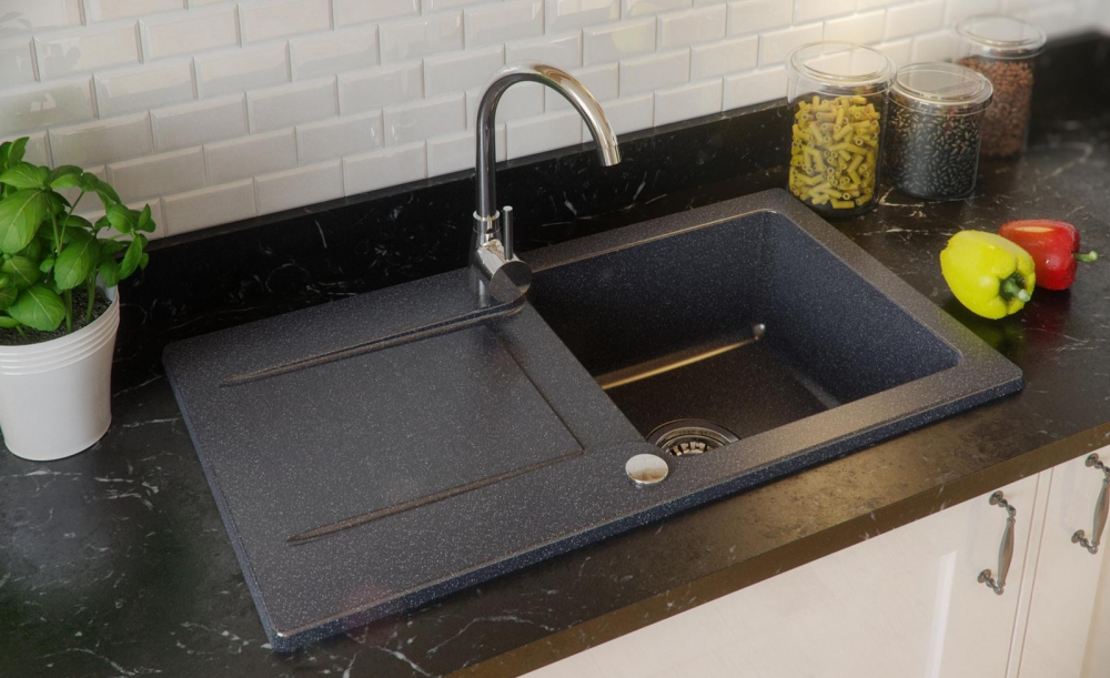 PN-Stamford contemporary kitchen sinks