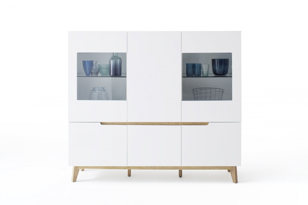 CERVO typ47 – glass cabinet – 6 doors (including 2 glass fronts) 2glass shelves – 2 shelves - white matte finish