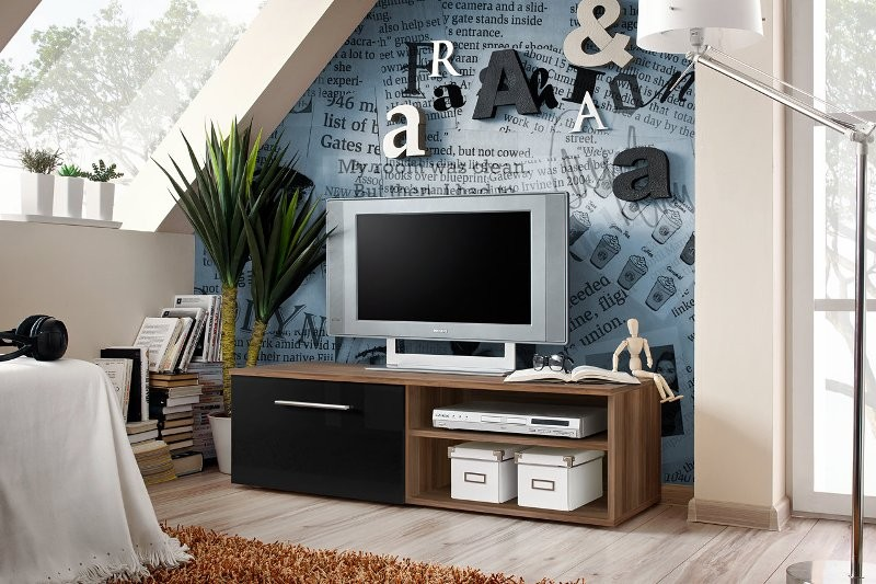 City 4 - high gloss black front and walnut tv stand